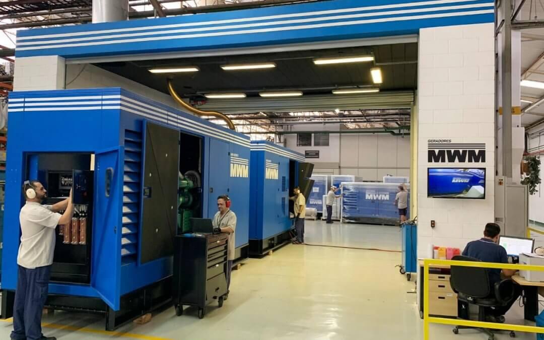 Manutenção periódica de geradores de energia garante o funcionamento das empresas sem interrupções