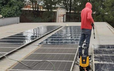 Falta de limpeza e manutenção prejudicam a eficiência de placas solares fotovoltaicas
